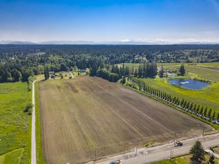 Photo 2: 4664 192 Street in Surrey: Serpentine House for sale (Cloverdale)  : MLS®# R2471893