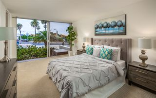 Photo 5: LA JOLLA Condo for sale : 2 bedrooms : 7811 Eads Ave #112