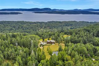 Photo 2: 412 Stewart Rd in Salt Spring: GI Salt Spring House for sale (Gulf Islands)  : MLS®# 838617
