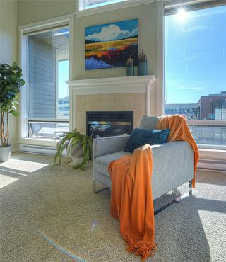 Photo 8: 405 330 Waterfront Cres in : Vi Rock Bay Condo for sale (Victoria)  : MLS®# 854904