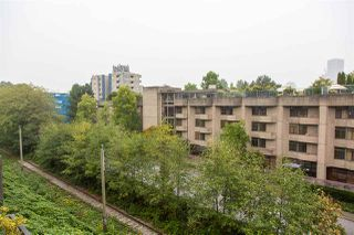 """Photo 21: 19 1345 W 4TH Avenue in Vancouver: False Creek Townhouse for sale in """"Granville Island Village"""" (Vancouver West)  : MLS®# R2497950"""