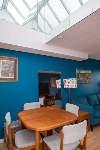 """Photo 7: 19 1345 W 4TH Avenue in Vancouver: False Creek Townhouse for sale in """"Granville Island Village"""" (Vancouver West)  : MLS®# R2497950"""