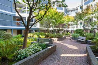 """Photo 27: 19 1345 W 4TH Avenue in Vancouver: False Creek Townhouse for sale in """"Granville Island Village"""" (Vancouver West)  : MLS®# R2497950"""