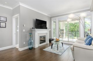 "Photo 4: 212 15185 36 Avenue in Surrey: Morgan Creek Condo for sale in ""Edgewater"" (South Surrey White Rock)  : MLS®# R2499537"