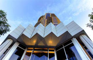 Photo 6: 1406 10388 105 Street in Edmonton: Zone 12 Condo for sale : MLS®# E4221462