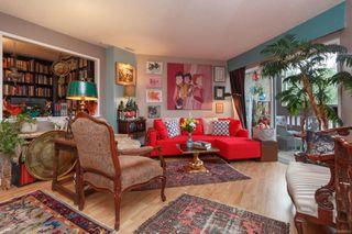 Photo 5: 306 1525 Hillside Ave in : Vi Oaklands Condo for sale (Victoria)  : MLS®# 860507