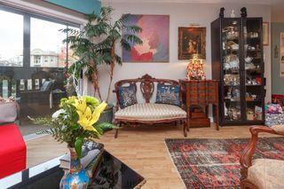 Photo 7: 306 1525 Hillside Ave in : Vi Oaklands Condo for sale (Victoria)  : MLS®# 860507