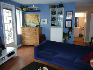 Photo 3: 305 1928 11TH Ave in Vancouver East: Home for sale : MLS®# V697802