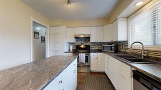 Photo 14: 10208 TURNER Crescent: Hudsons Hope House for sale (Fort St. John (Zone 60))  : MLS®# R2454209