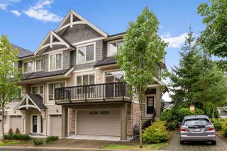 "Main Photo: 135 3105 DAYANEE SPRINGS Boulevard in Coquitlam: Westwood Plateau Townhouse for sale in ""WHITETAIL LANE"" : MLS®# R2490257"