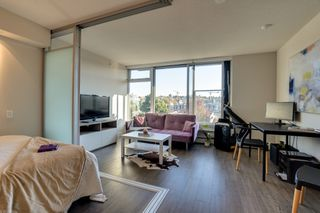 "Photo 4: 510 1783 MANITOBA Street in Vancouver: False Creek Condo for sale in ""THE RESIDENCES AT WEST"" (Vancouver West)  : MLS®# R2496613"