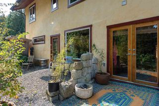 Photo 10: 330 FOREST RIDGE Road: Bowen Island House for sale : MLS®# R2505651