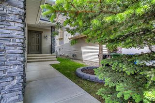Photo 2: 85 EVEROAK Park SW in Calgary: Evergreen Detached for sale : MLS®# A1042146