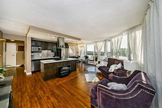 """Photo 7: 501 31 ELLIOT Street in New Westminster: Downtown NW Condo for sale in """"ROYAL ALBERT TOWERS"""" : MLS®# R2517434"""