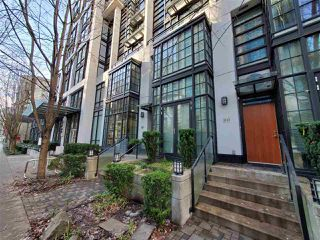 """Photo 19: 1243 SEYMOUR Street in Vancouver: Downtown VW Townhouse for sale in """"elan"""" (Vancouver West)  : MLS®# R2519042"""
