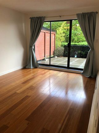 "Photo 6: 104 2142 CAROLINA Street in Vancouver: Mount Pleasant VE Condo for sale in ""Wood Dale"" (Vancouver East)  : MLS®# R2401576"
