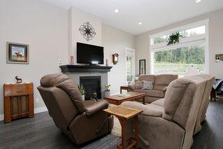 "Photo 6: 51020 ZANDER Place in Chilliwack: Eastern Hillsides House for sale in ""Aspen Woods"" : MLS®# R2408488"