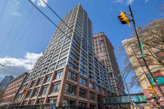 """Photo 3: 2707 108 W CORDOVA Street in Vancouver: Downtown VW Condo for sale in """"WOODWARDS W32"""" (Vancouver West)  : MLS®# R2457769"""