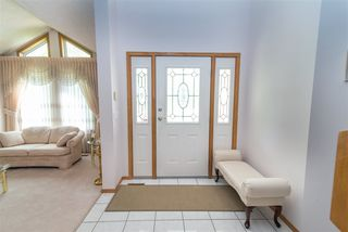 Photo 4: 217 ESTATE Drive: Sherwood Park House for sale : MLS®# E4202252
