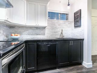 """Photo 11: 1 3140 W 4TH Avenue in Vancouver: Kitsilano Townhouse for sale in """"AVANTI"""" (Vancouver West)  : MLS®# R2468678"""