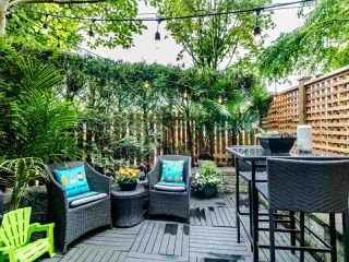 """Photo 4: 1 3140 W 4TH Avenue in Vancouver: Kitsilano Townhouse for sale in """"AVANTI"""" (Vancouver West)  : MLS®# R2468678"""