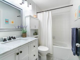 """Photo 13: 1 3140 W 4TH Avenue in Vancouver: Kitsilano Townhouse for sale in """"AVANTI"""" (Vancouver West)  : MLS®# R2468678"""