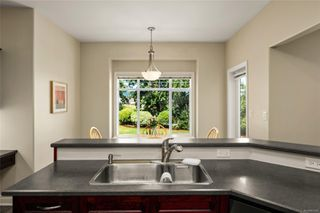 Photo 8: 7380 Ridgedown Crt in : CS Saanichton Single Family Detached for sale (Central Saanich)  : MLS®# 851047