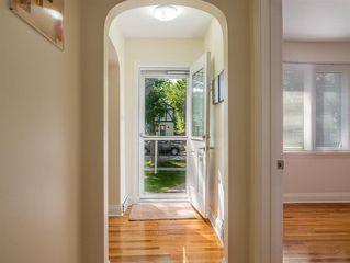 Photo 4: 242 Renfrew Street in Winnipeg: River Heights North Residential for sale (1C)  : MLS®# 202018278