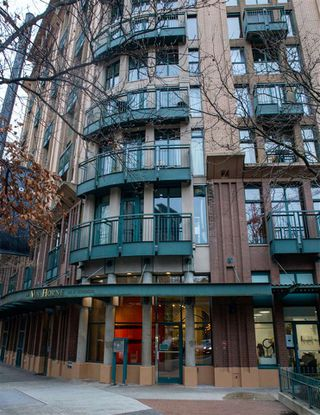 "Photo 16: 411 22 E CORDOVA Street in Vancouver: Downtown VE Condo for sale in ""Van Horne"" (Vancouver East)  : MLS®# R2527913"