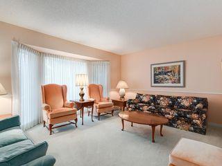 Photo 9: 2281 98 Avenue SW in Calgary: Palliser Detached for sale : MLS®# C4266022
