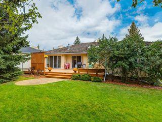 Photo 3: 2281 98 Avenue SW in Calgary: Palliser Detached for sale : MLS®# C4266022