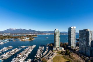 "Photo 10: 2502 588 BROUGHTON Street in Vancouver: Coal Harbour Condo for sale in ""Harbourside"" (Vancouver West)  : MLS®# R2434296"
