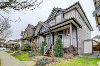 Photo 2: 18588 67 AVENUE in Surrey: Cloverdale BC House for sale (Cloverdale)  : MLS®# R2440245