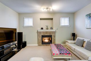 Photo 3: 18588 67 AVENUE in Surrey: Cloverdale BC House for sale (Cloverdale)  : MLS®# R2440245