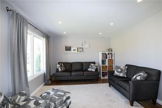 Photo 13: 82 Fourth Avenue North in Blumenort: R16 Residential for sale : MLS®# 202012287