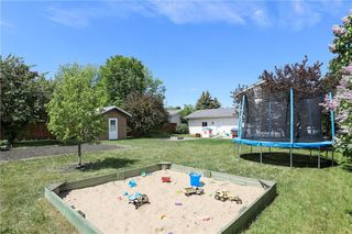Photo 3: 82 Fourth Avenue North in Blumenort: R16 Residential for sale : MLS®# 202012287