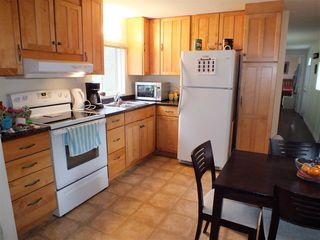 "Photo 5: 3A 65367 KAWKAWA LAKE Road in Hope: Hope Kawkawa Lake Manufactured Home for sale in ""CRYSTAL RIVER COURT"" : MLS®# R2474318"