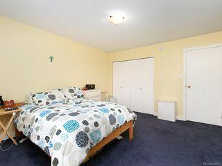 Photo 11: 203 1012 Pakington St in Victoria: Vi Fairfield West Condo for sale : MLS®# 840697