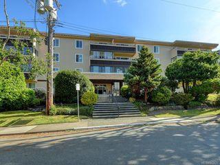 Photo 3: 203 1012 Pakington St in Victoria: Vi Fairfield West Condo for sale : MLS®# 840697