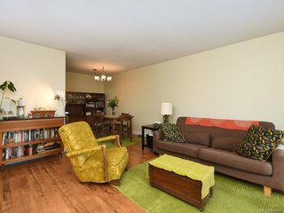 Photo 6: 203 1012 Pakington St in Victoria: Vi Fairfield West Condo for sale : MLS®# 840697