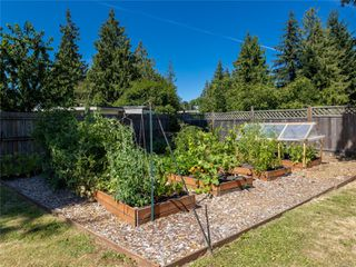 Photo 9: 2179 Fishers Dr in : Na Cedar House for sale (Nanaimo)  : MLS®# 850873