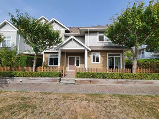 "Main Photo: 26 6300 LONDON Road in Richmond: Steveston South Townhouse for sale in ""Mckinney Crossing"" : MLS®# R2496867"