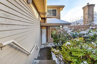 "Photo 3: 120 2979 PANORAMA Drive in Coquitlam: Westwood Plateau Townhouse for sale in ""DEERCREST"" : MLS®# R2524667"
