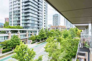 "Photo 17: PH6 1288 CHESTERFIELD Avenue in North Vancouver: Central Lonsdale Condo for sale in ""Alina"" : MLS®# R2393081"