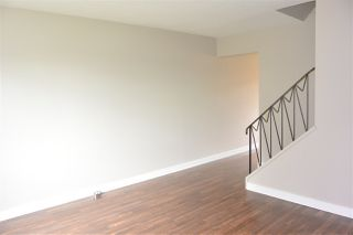 Photo 3:  in Edmonton: Zone 02 Townhouse for sale : MLS®# E4168840