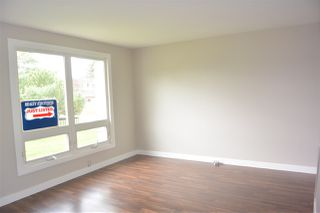 Photo 2:  in Edmonton: Zone 02 Townhouse for sale : MLS®# E4168840