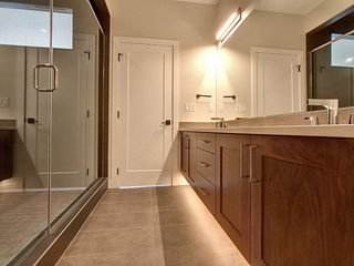 Photo 10: 10420 138 Street in Edmonton: Zone 11 House for sale : MLS®# E4175679