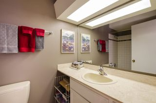 "Photo 10: 306 1066 W 13TH Avenue in Vancouver: Fairview VW Condo for sale in ""LANDMARK VILLA"" (Vancouver West)  : MLS®# R2421462"