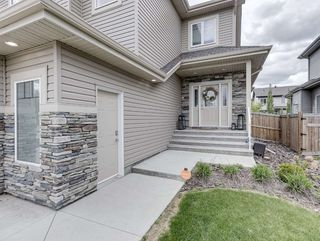 Photo 2: 10 NEWCASTLE Way: St. Albert House for sale : MLS®# E4200799