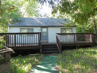 Photo 1: 24 CENTRAL Avenue in Grand Marais: Grand Beach Provincial Park Residential for sale (R27)